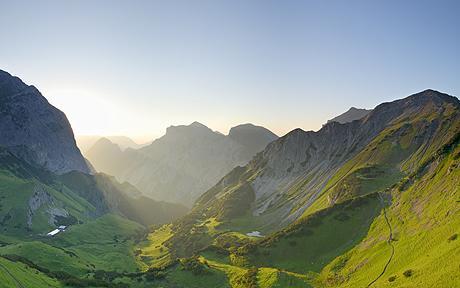 austria-walk_1392390c