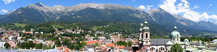 700px-Panorama_insbruck4